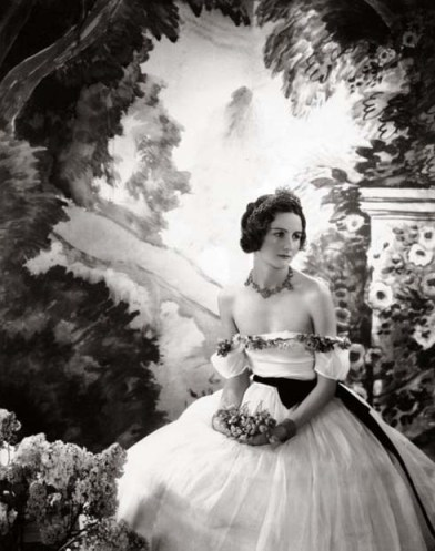 Nancy Mitford photographed by Cecil Beaton