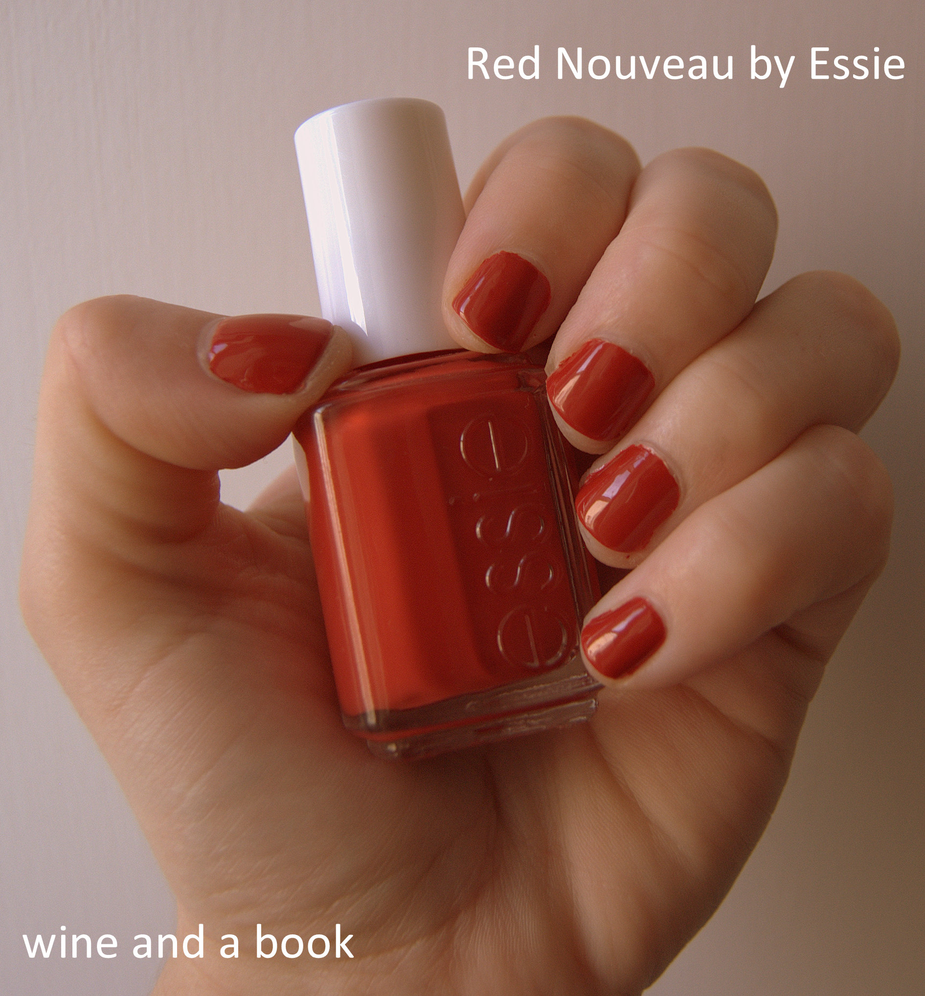 REVIEW | Essie Nail Polish in Red Nouveau | wine and a book