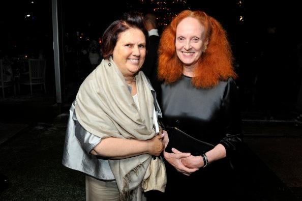 Dueling signature looks: Menkes' poof versus Grace Coddingtons' red curls
